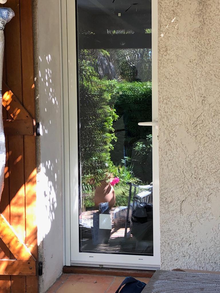 Porte fenêtre en alu